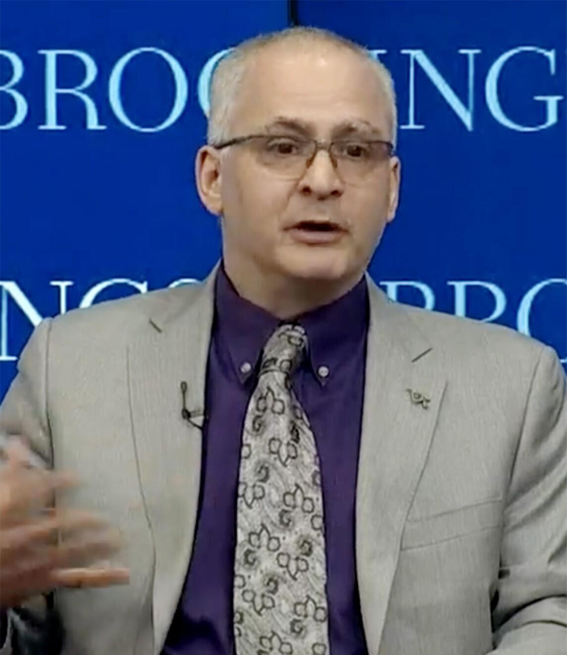 Benjamin Wittes在D.C.的一次活动上发表讲话。