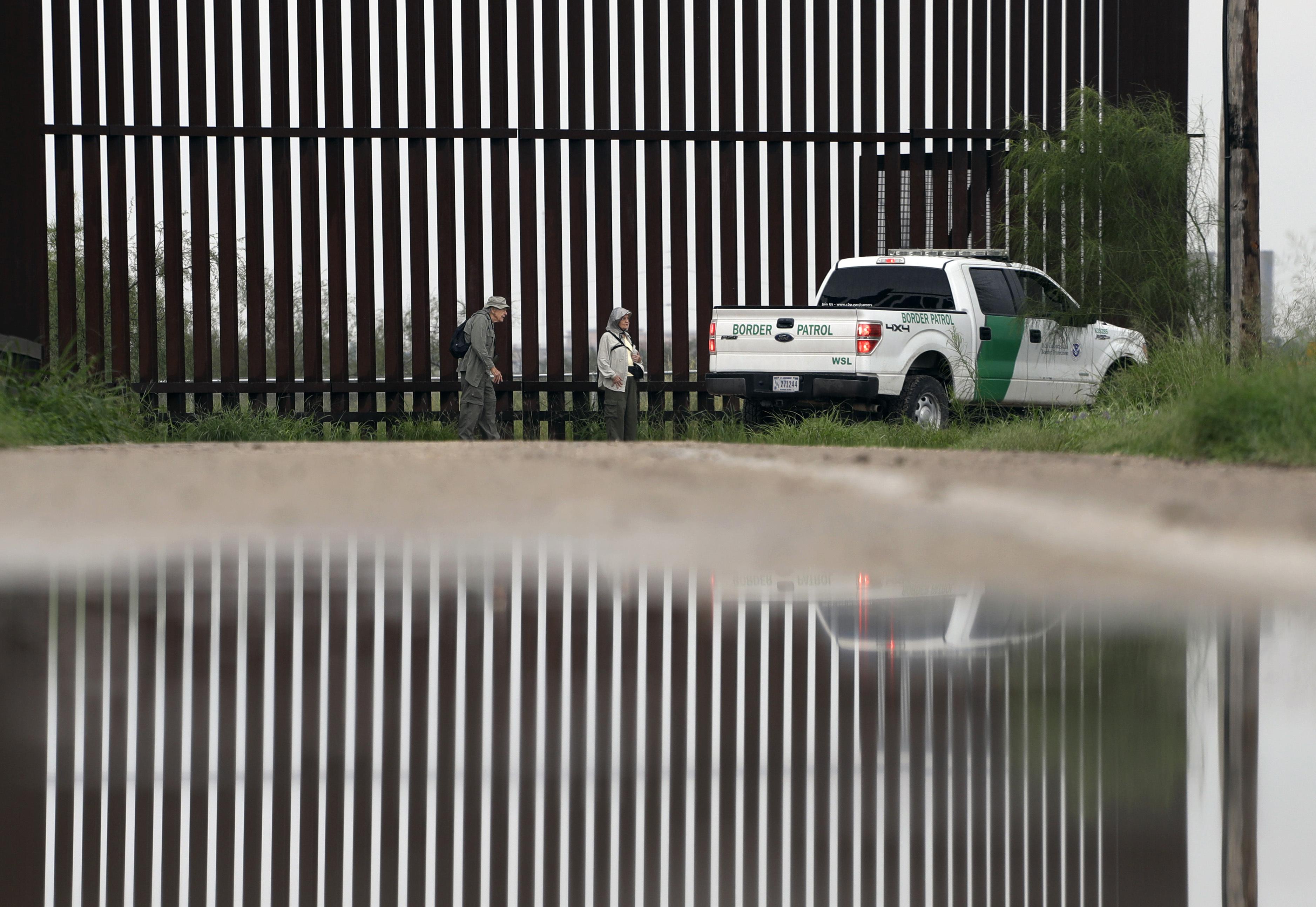 washingtonexaminer.com - House bill funds $5 billion for wall, adds ICE and Border Patrol agents