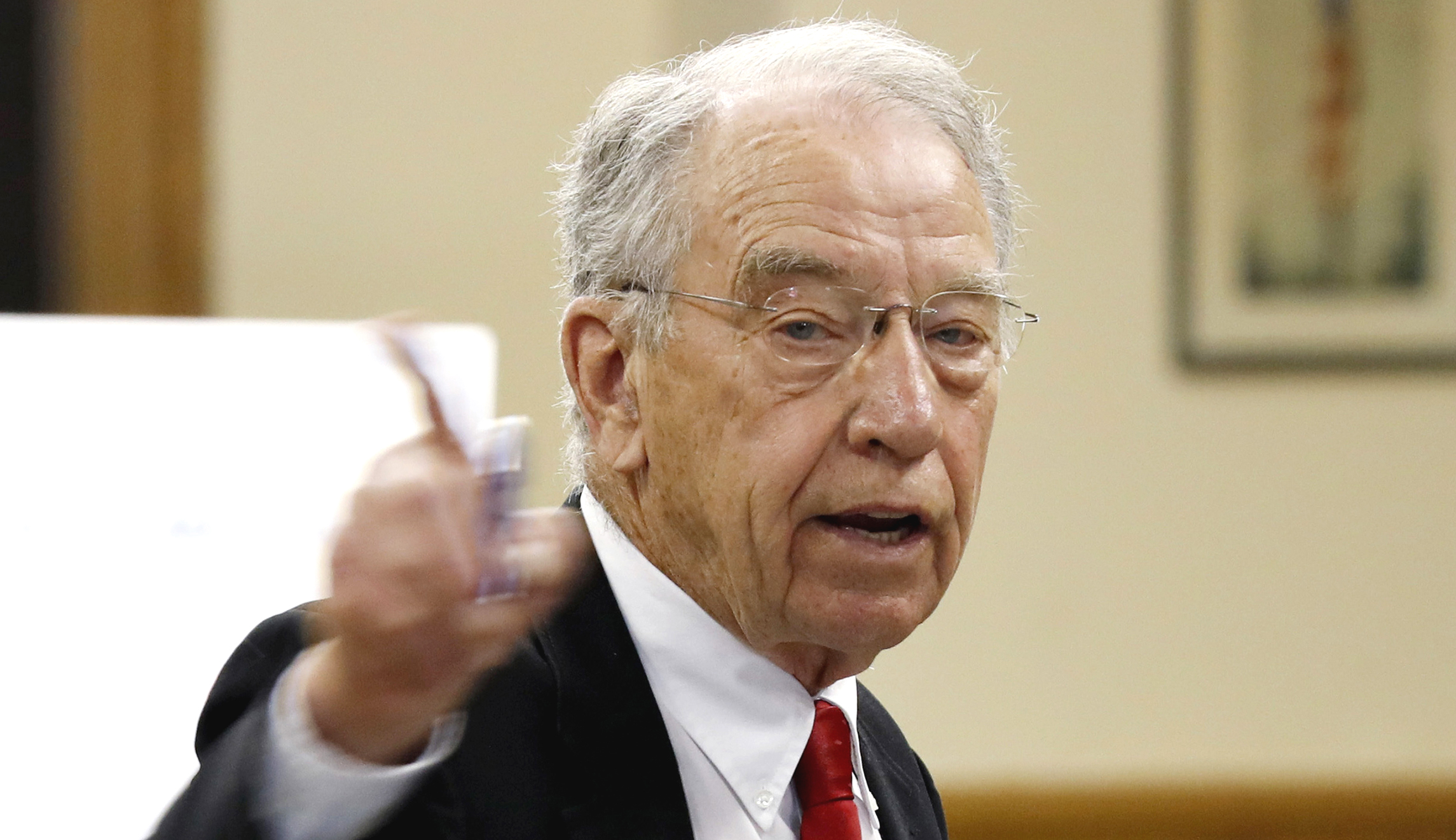washingtonexaminer.com - Grassley points to Schumer for Kavanaugh, Ford testimony delay as Saturday deadline looms