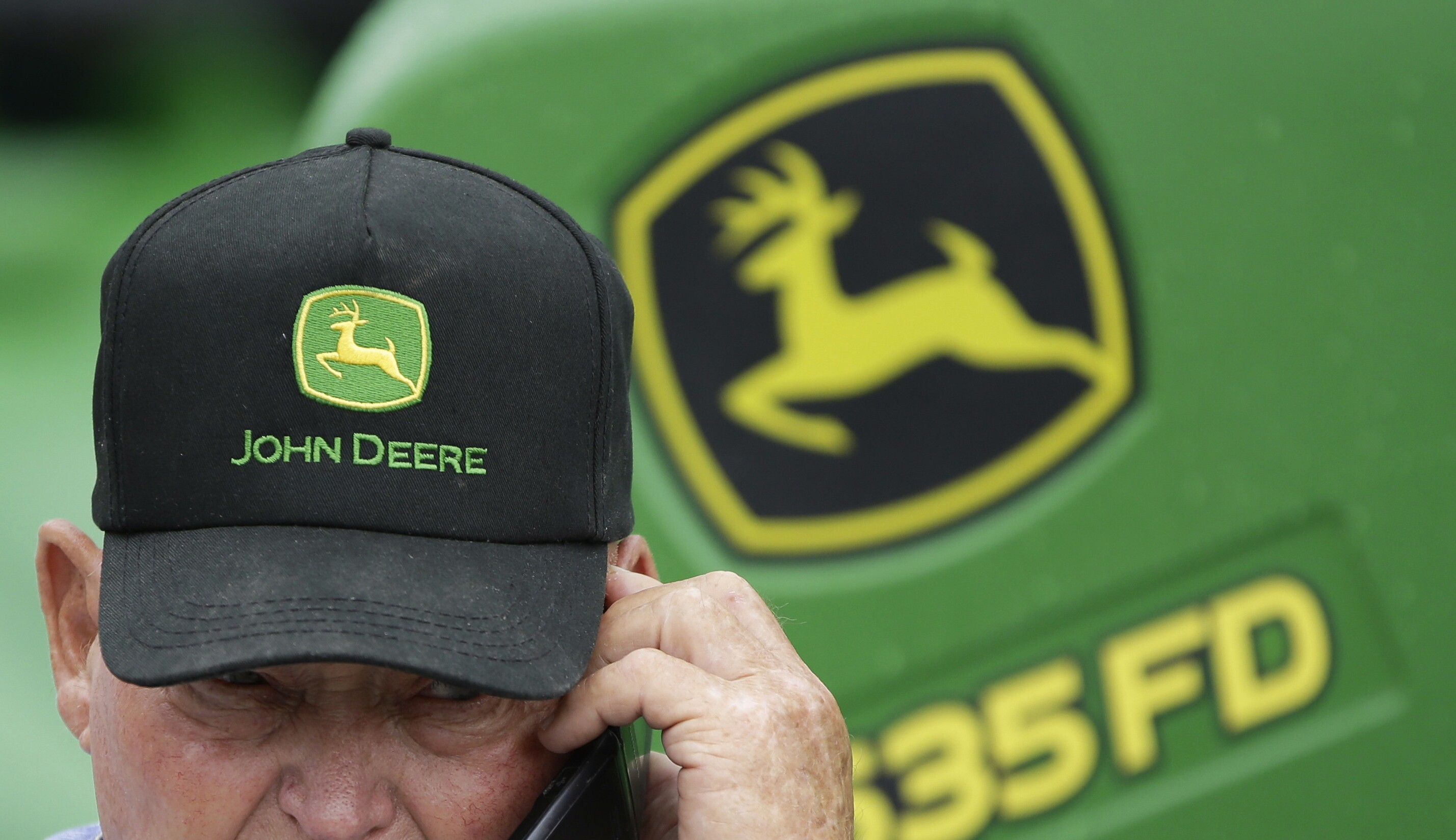 Deere finds steady demand from US farmers despite tariff woes