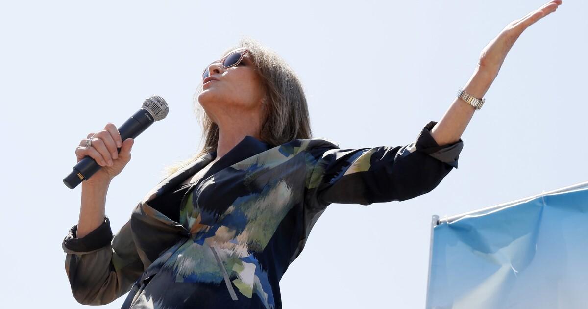 Don't mock Marianne Williamson's emphasis on the power of prayer - Washington Examiner