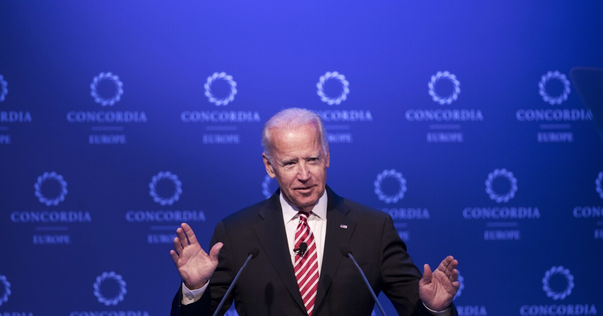 Biden fails to condemn rioting in remarks on...