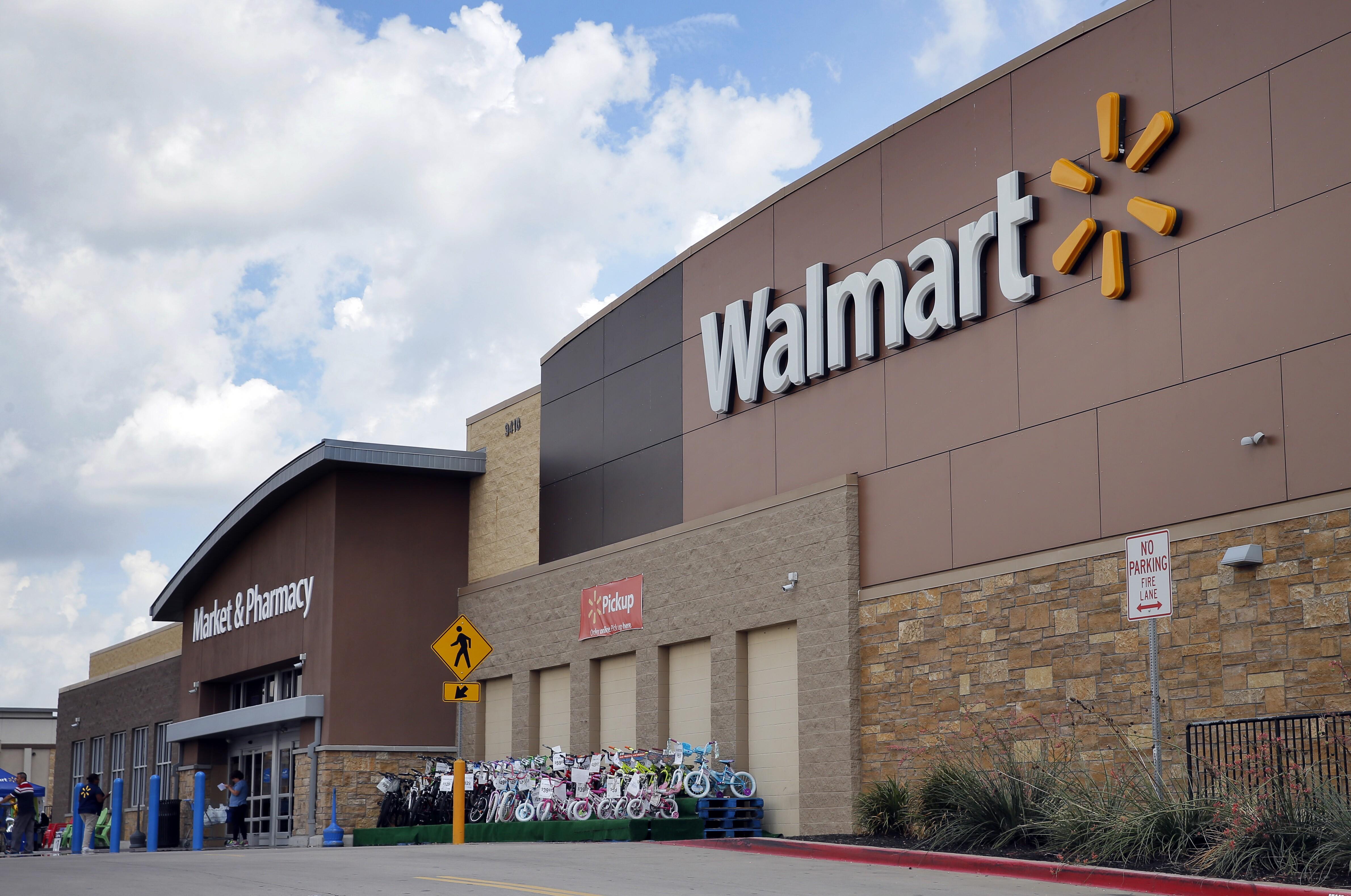 Walmart's Walton family backing Clinton