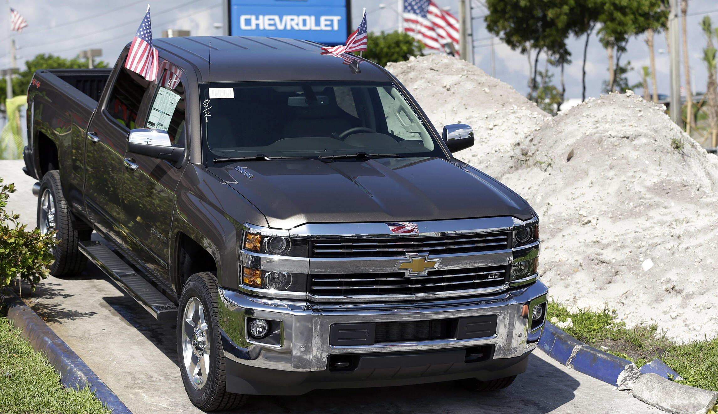 GM recalls over 1 million vehicles for power steering failure