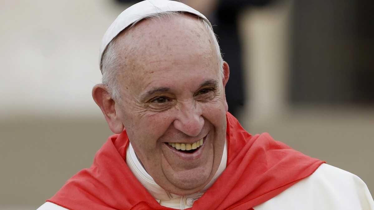 Pope Francis accidentally blesses New Orleans football team