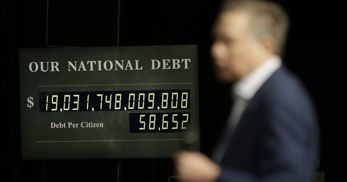 Why I'm putting a national debt clock in my classroom