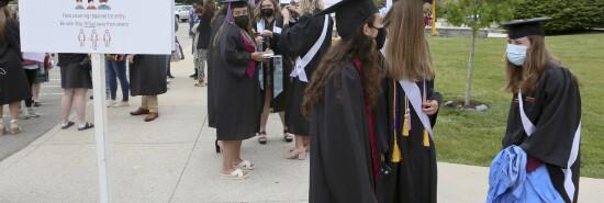 Virus Outbreak Virginia Graduation