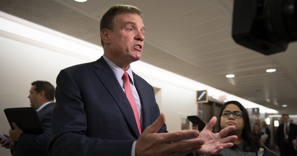 Top Intel Dem Mark Warner expects bipartisan support for social media regulations
