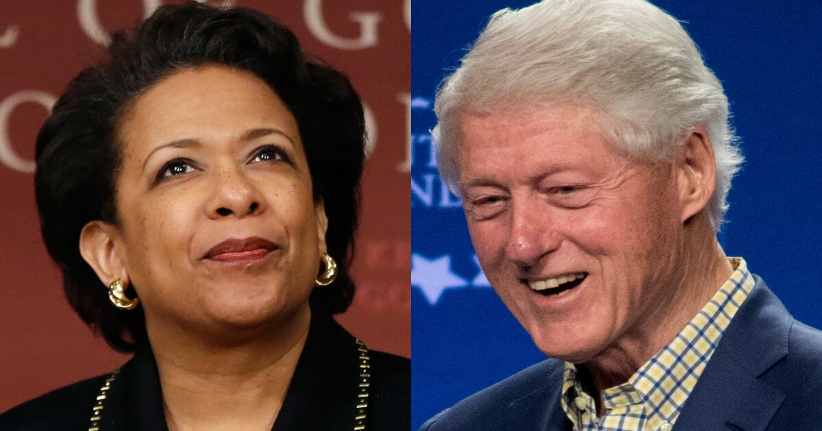 Snakes on a plane: Bill Clinton's tarmac meeting with