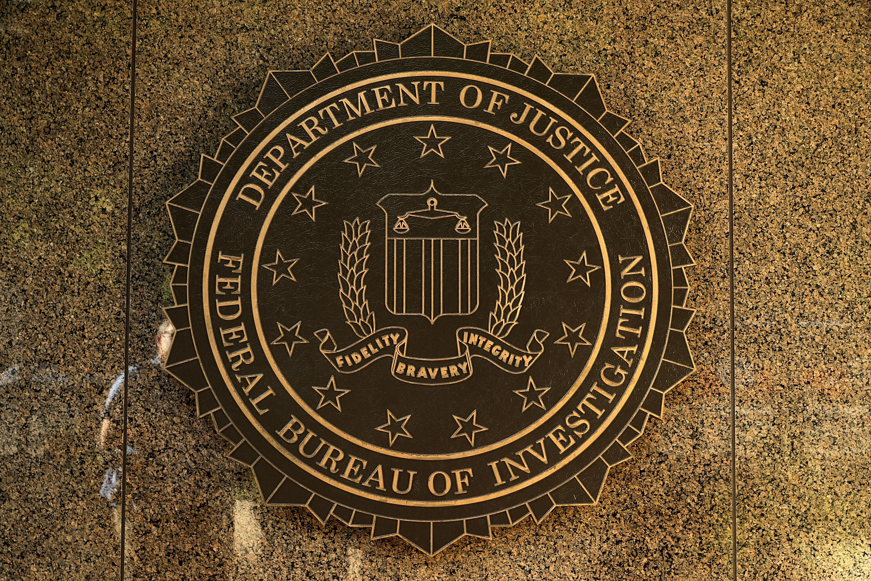 Meet the other amorous fbi staffers who texted about the clinton fbi m4hsunfo