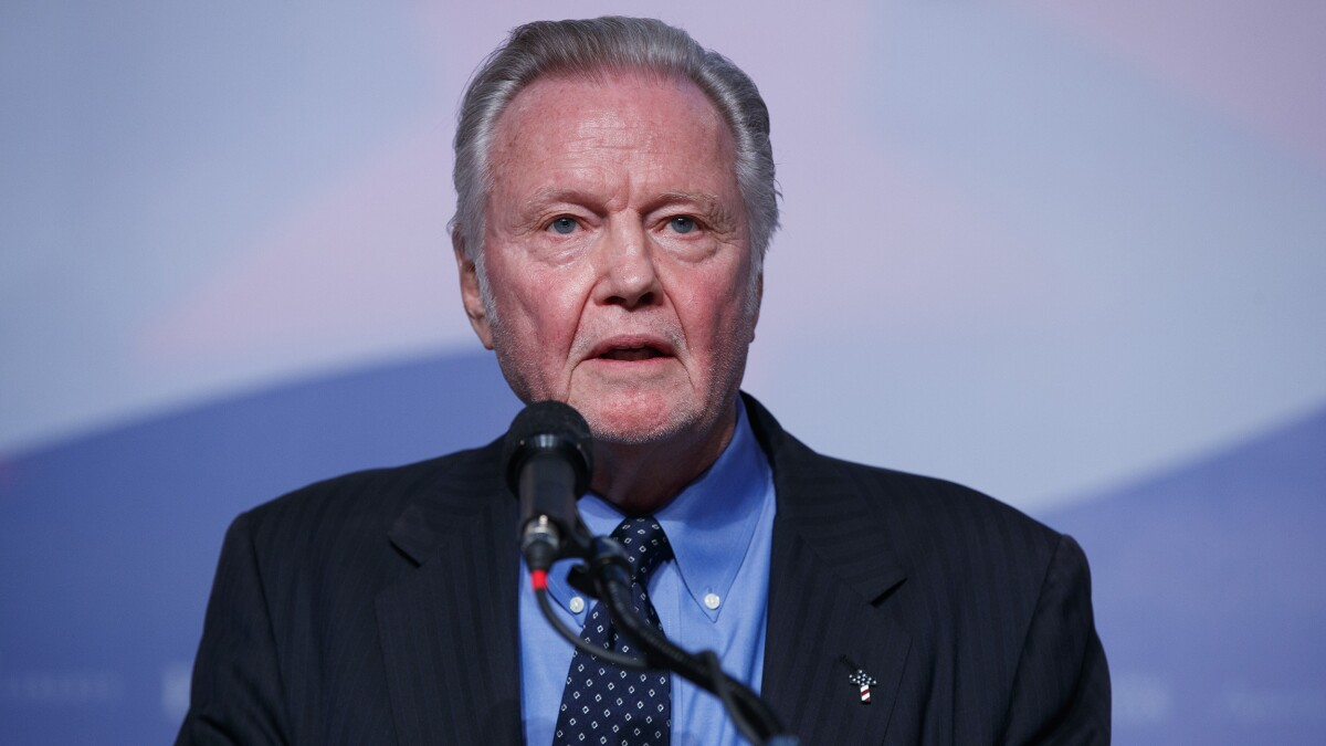 Actor Jon Voight calls Trump impeachment a 'disgrace to mankind'