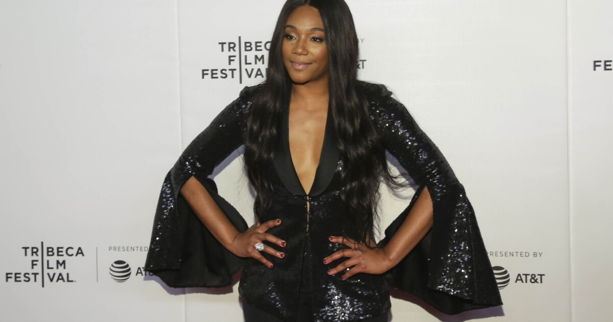 Actress postpones Georgia show in response to new anti-abortion law