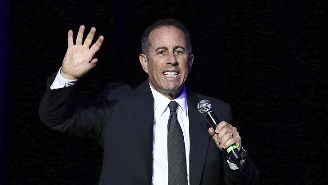 Jerry Seinfeld:ABC解雇Roseanne Barr'过度杀伤'