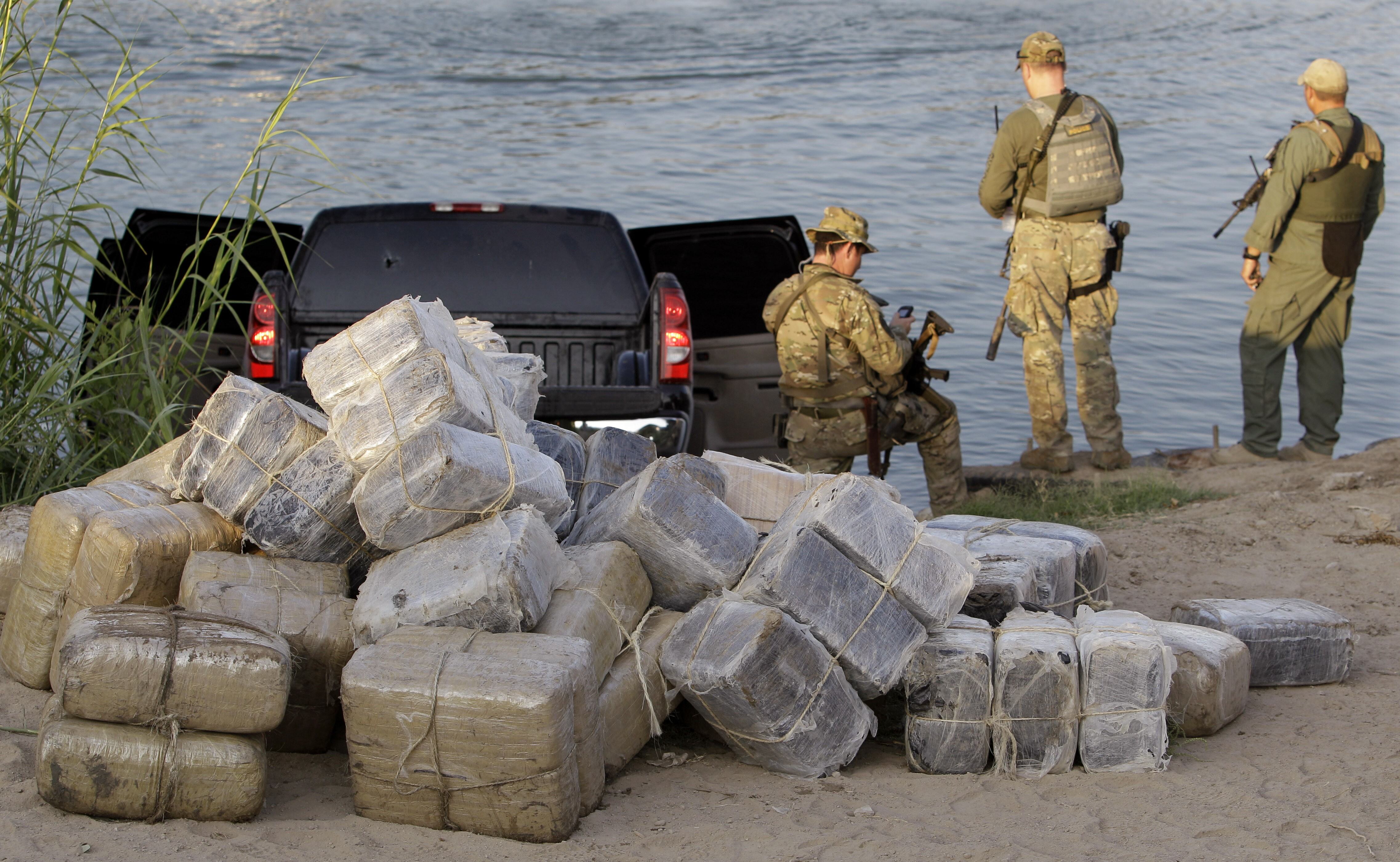 Report: Nearly all, 99 8%, of illegal drugs shipped to U S