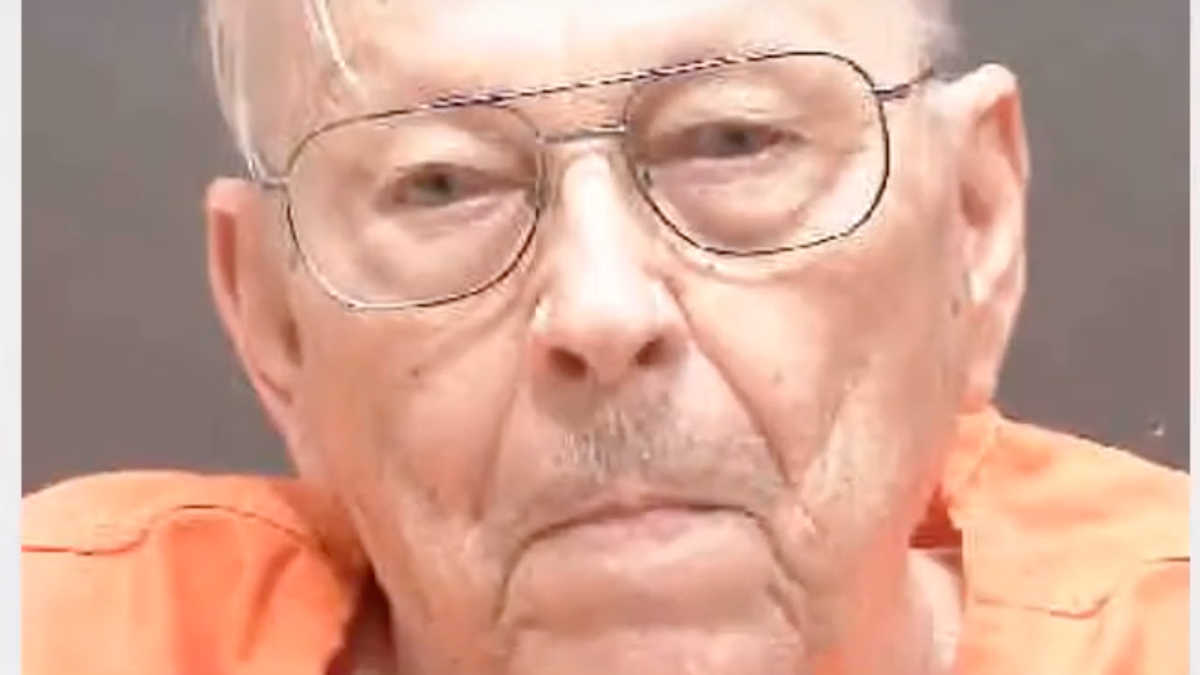Florida man, 94, shoots wife dead and then bungles attempt to kill himself