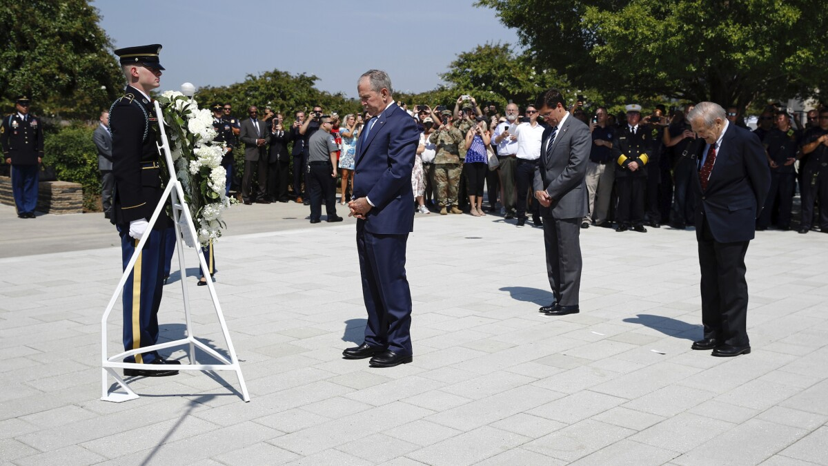 George W. Bush lays wreath at Pentagon 9/11 memorial