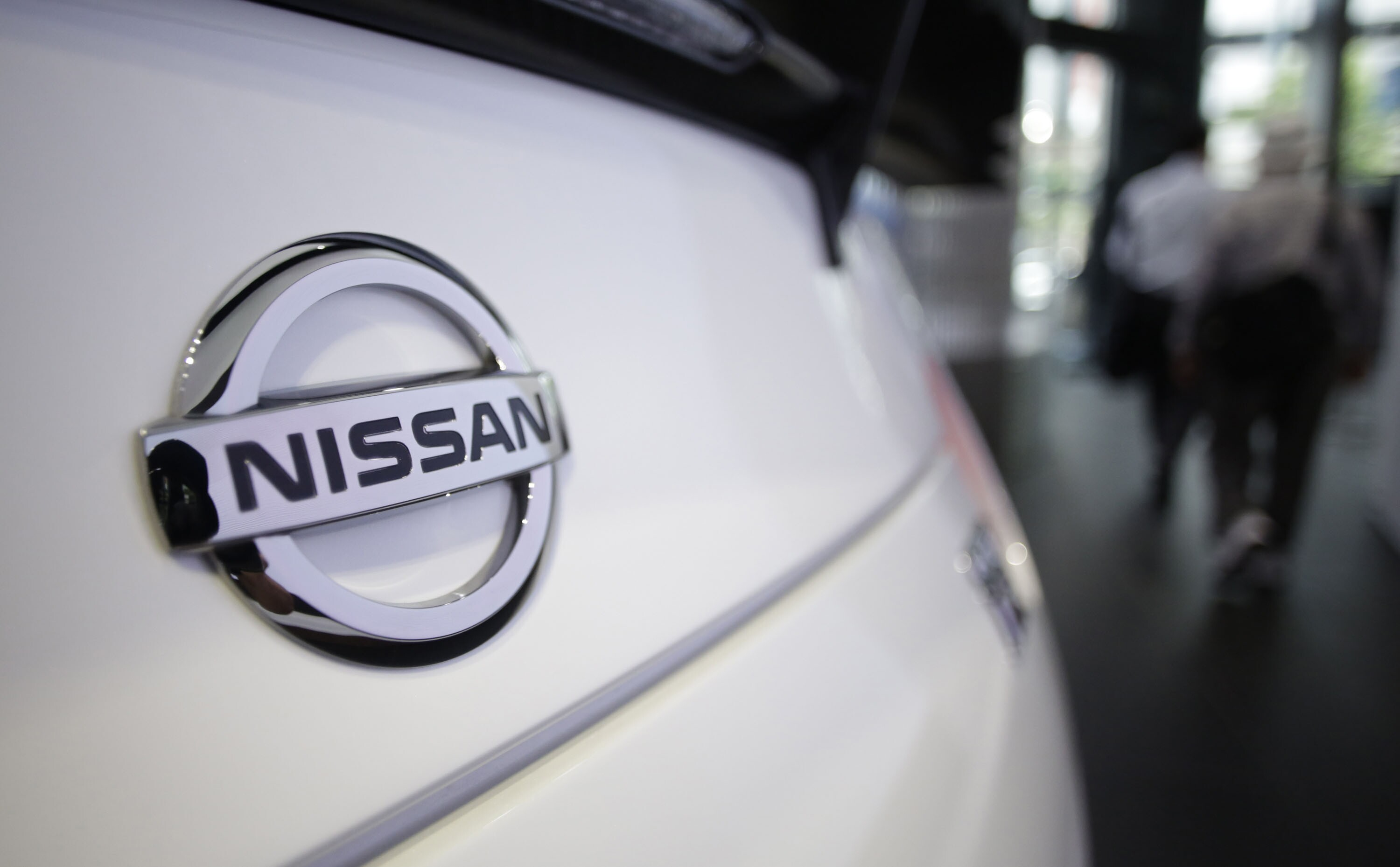 UAW demands union vote at Mississippi Nissan plant