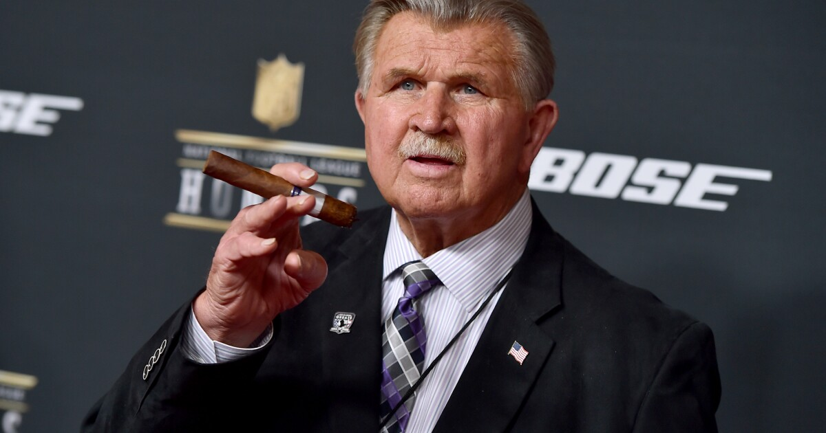 'Traded his helmet in for a white hood': Critics go after Mike Ditka for denouncing players who kneel during national anthem