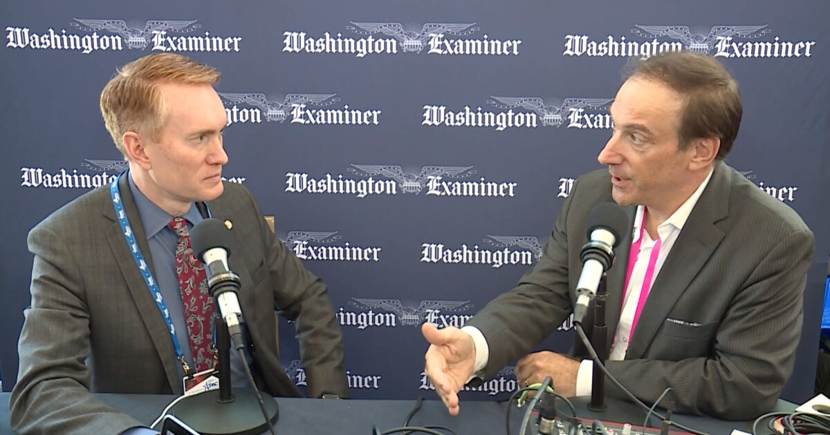Larry O'Connor with Sen. James Lankford at CPAC 2019