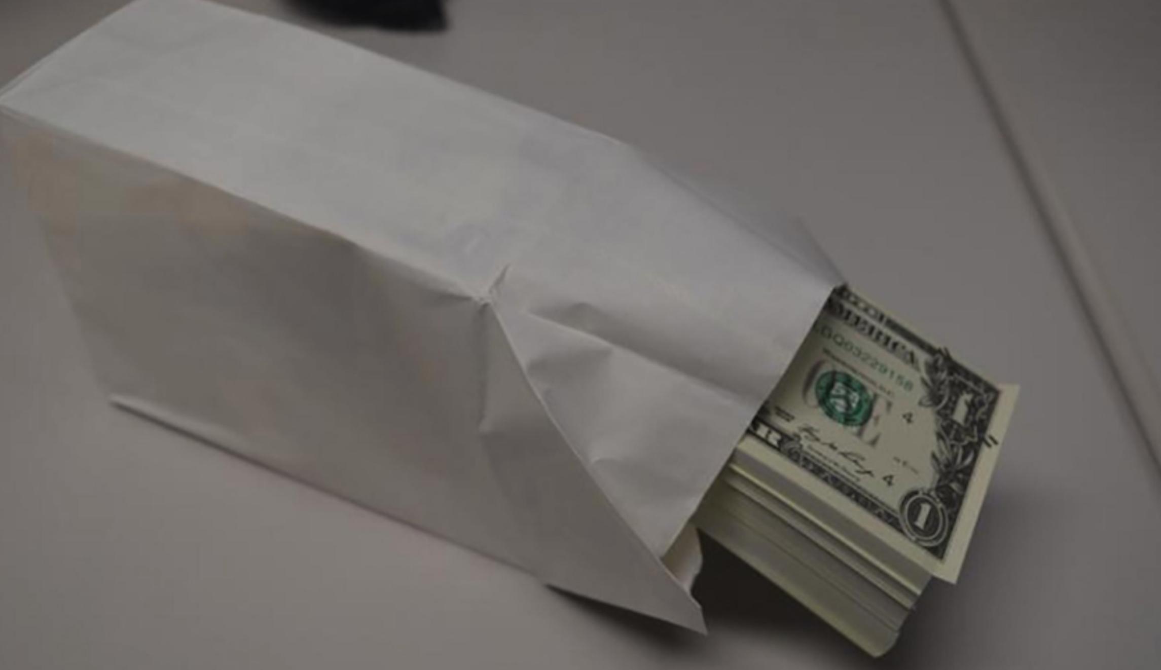 Counterfeit $1 bills