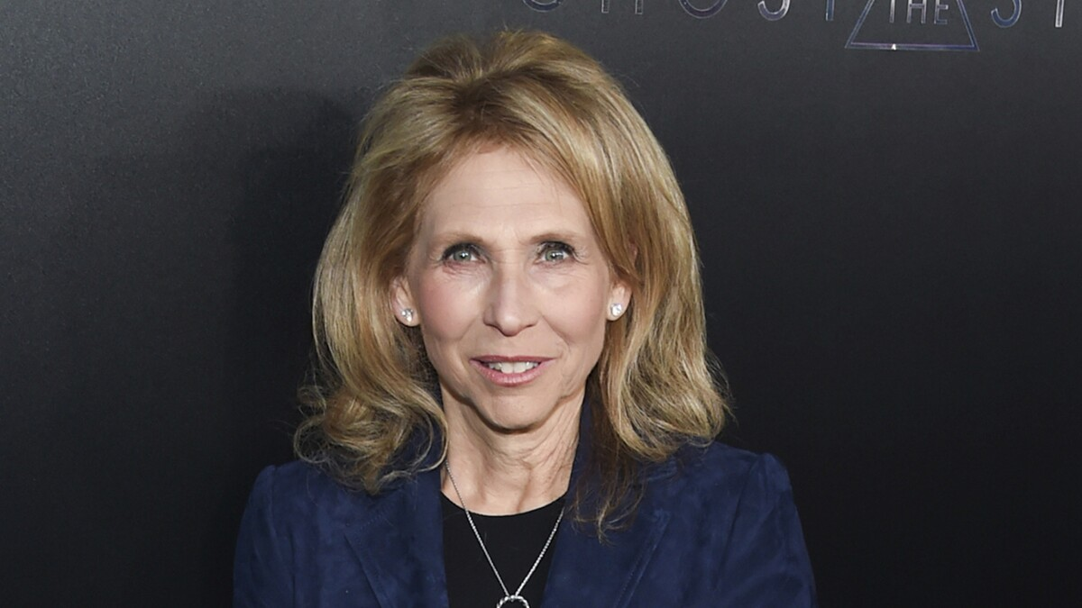 Cable giant Shari Redstone reportedly eyeing possible conservative news outlet to rival Fox