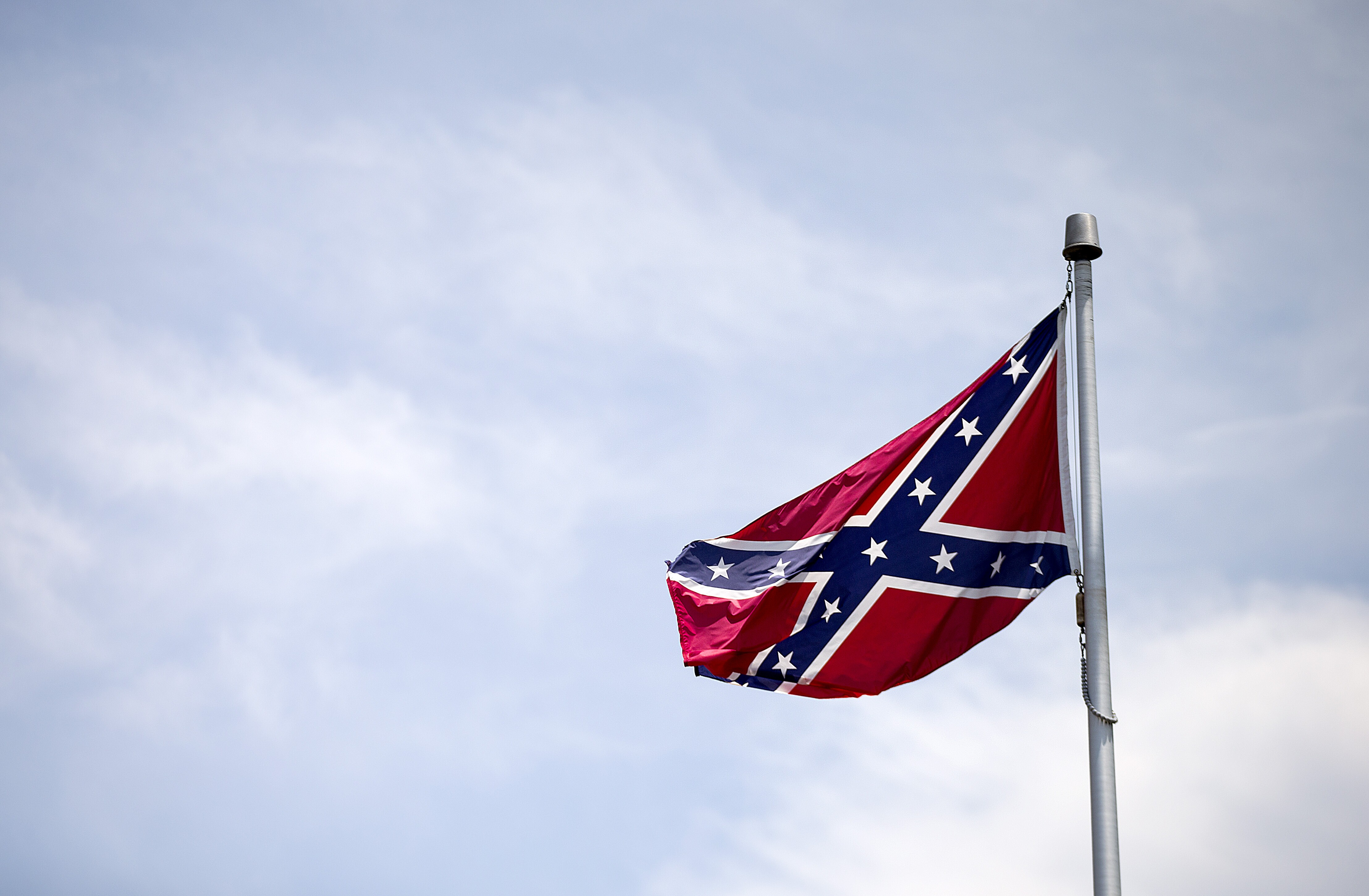 Poll Americans Say Confederate Flag Symbol Of Pride Not Racism