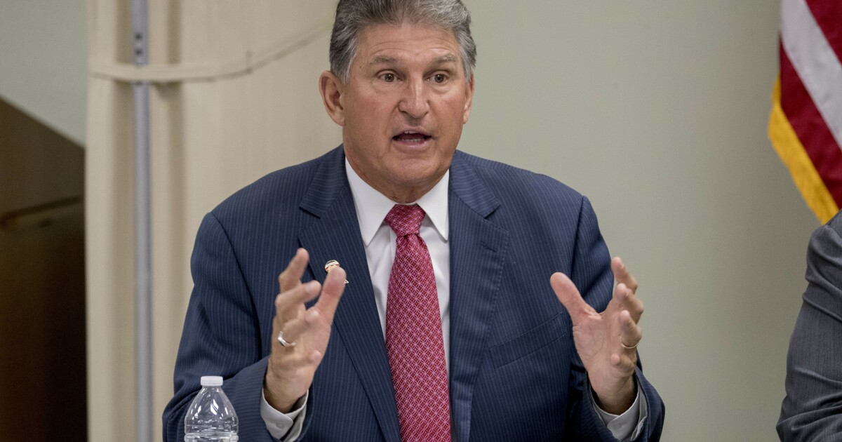 Manchin announces he'll forgo West Virginia governor's race