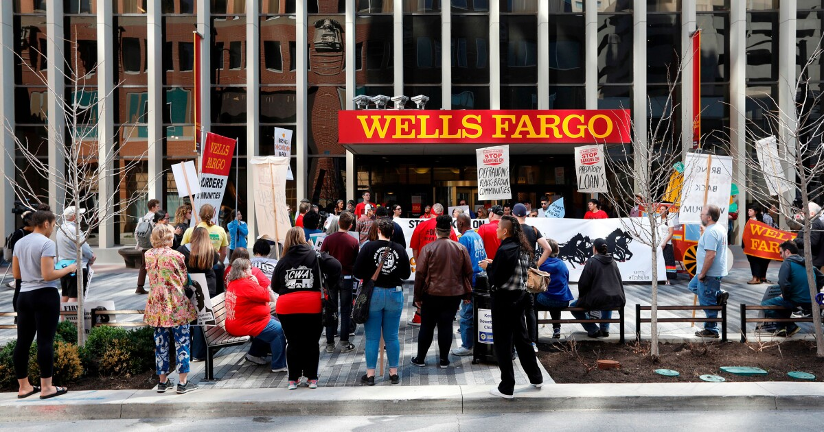 Wells Fargo faces trouble on Capitol Hill