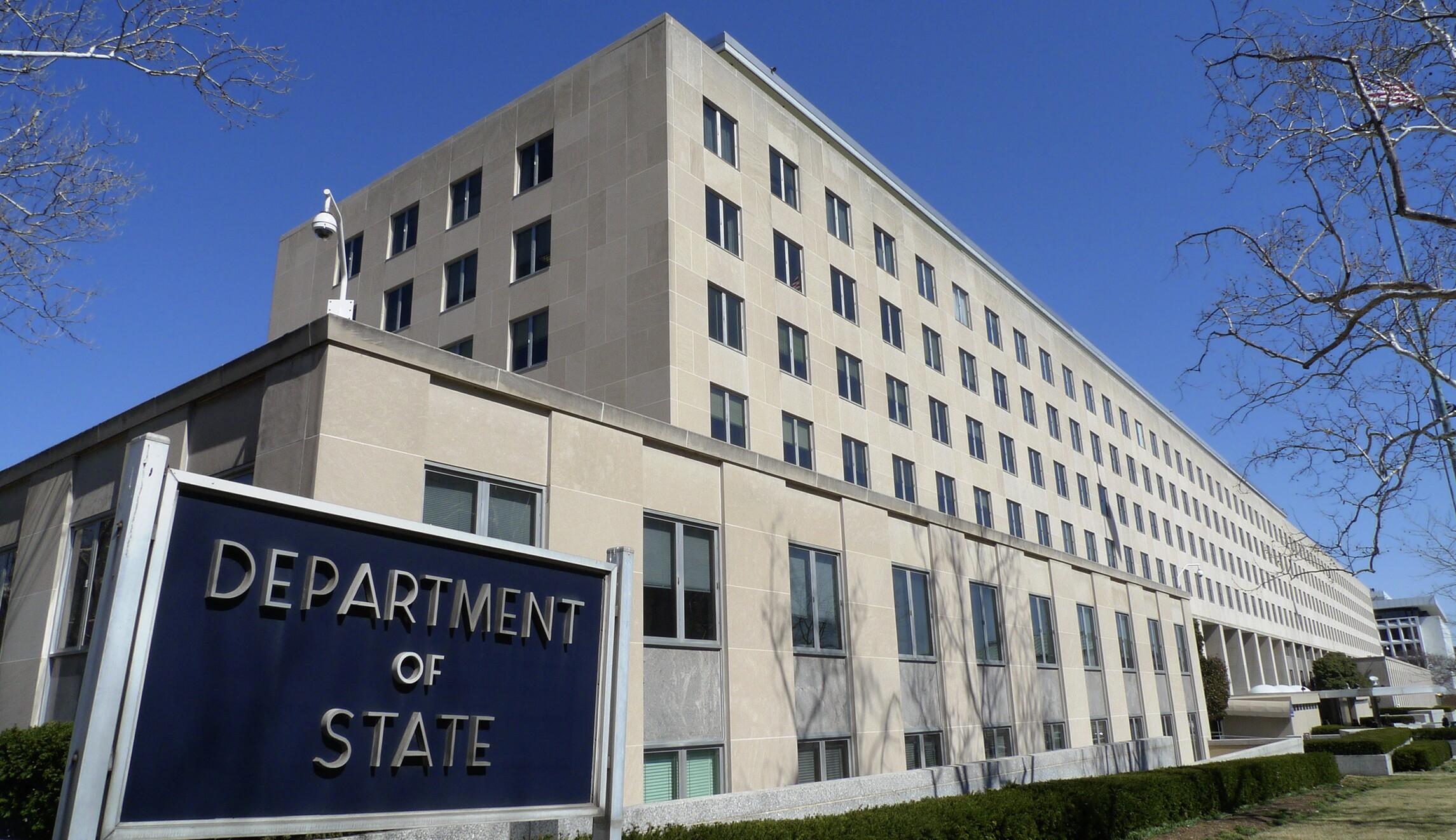 US anti-propaganda team fights China's predatory lending