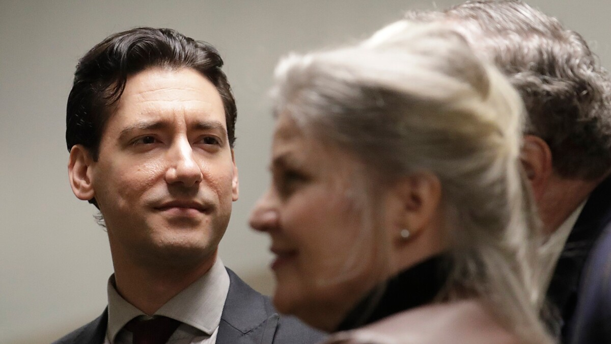 California Attorney General goes to bat for Planned Parenthood