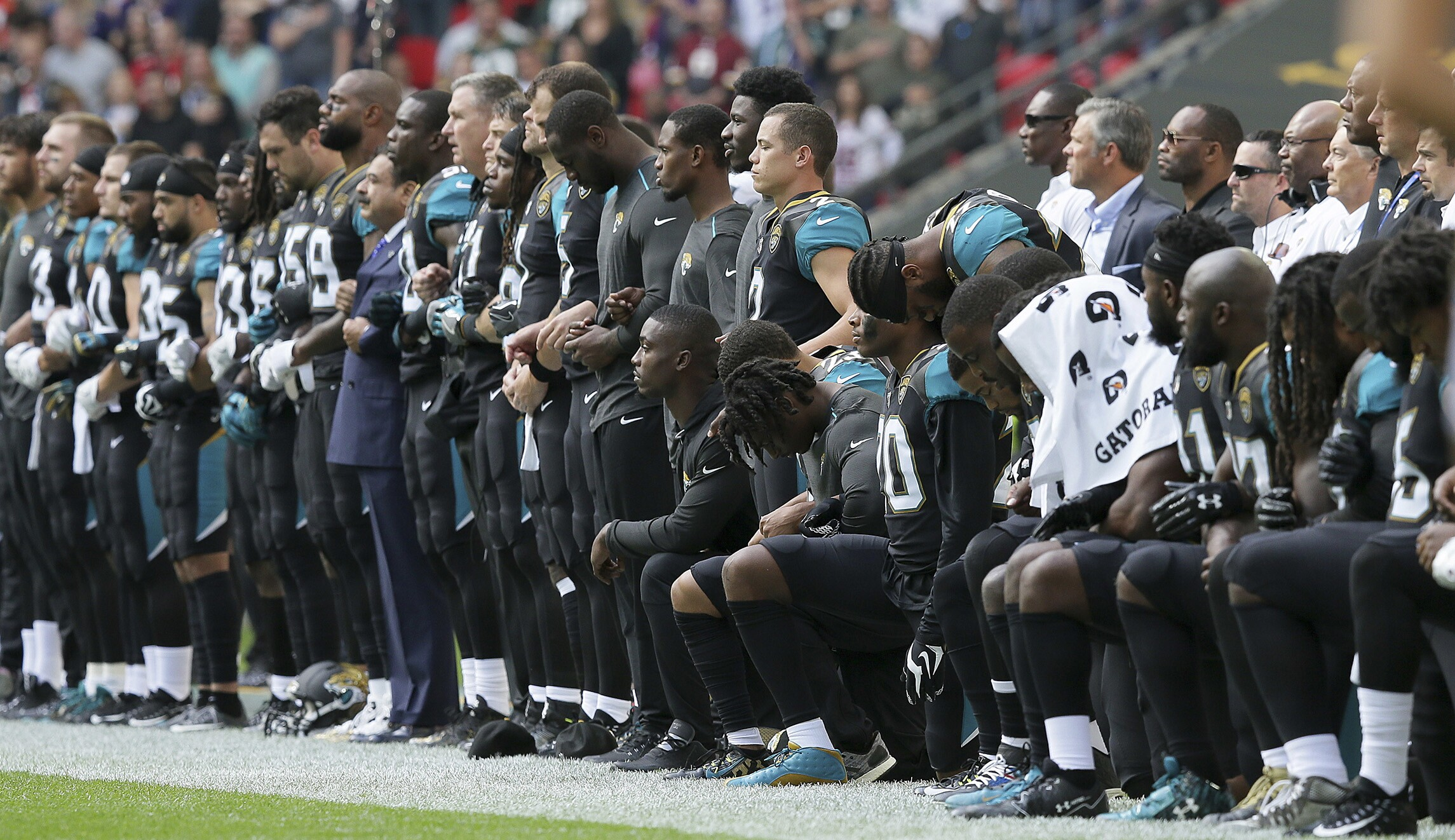 Veterans groups: NFL players who kneel during national anthem are