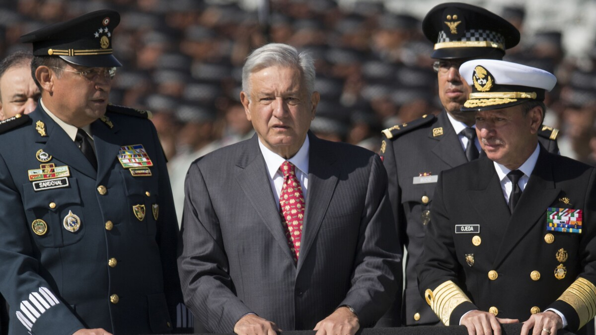 Mexican president supports declaring Mexico a 'pacifist country' by abolishing the army