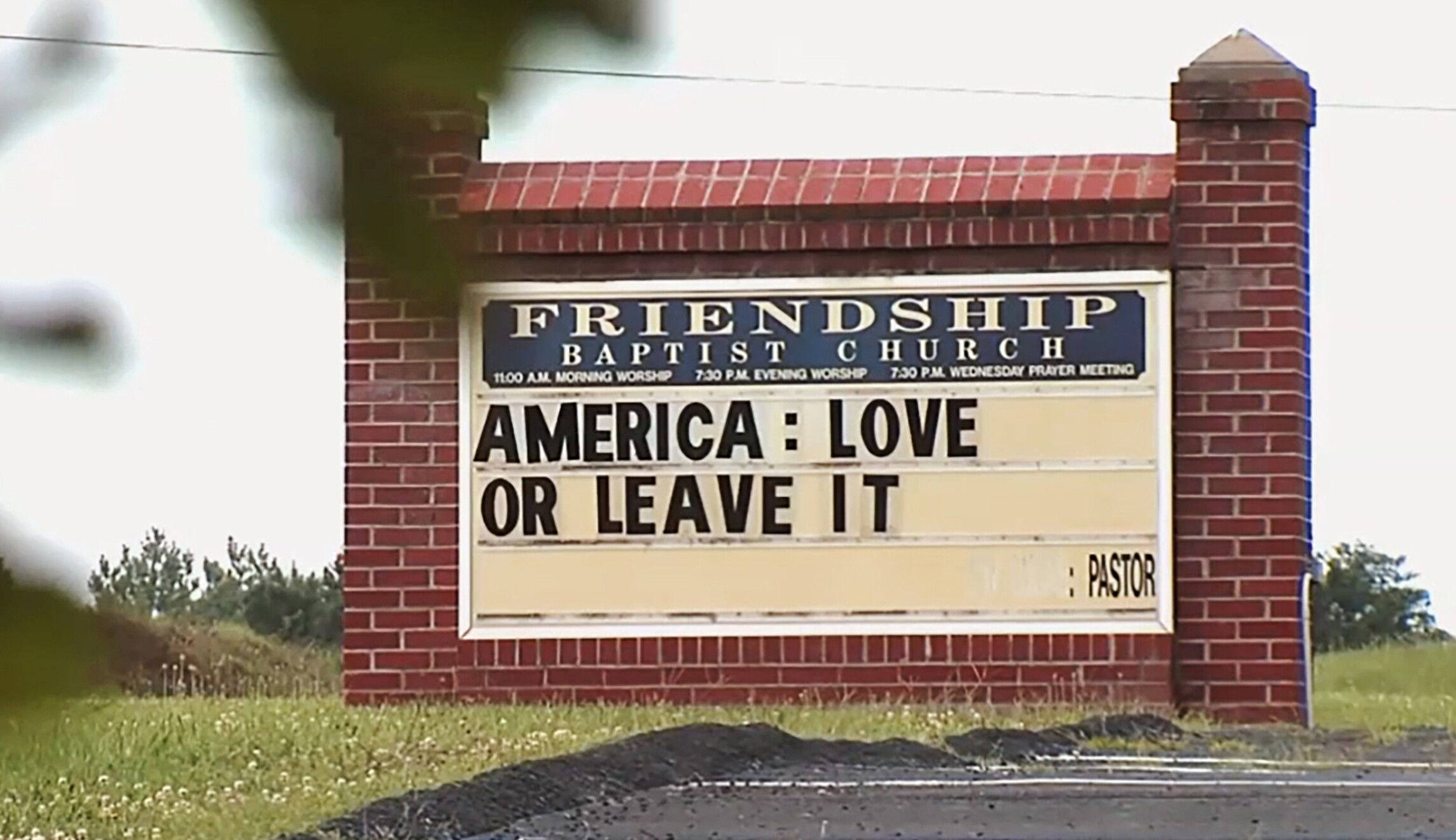 Congregation walks out of service in response to 'America: Love it or leave it' sign