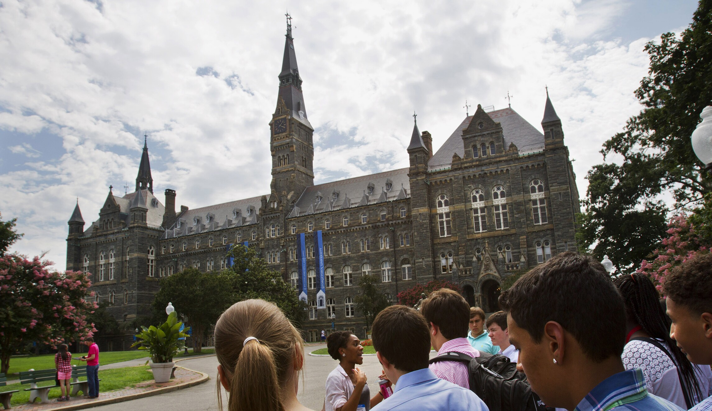 georgetown students try to drum group off campus for espousing