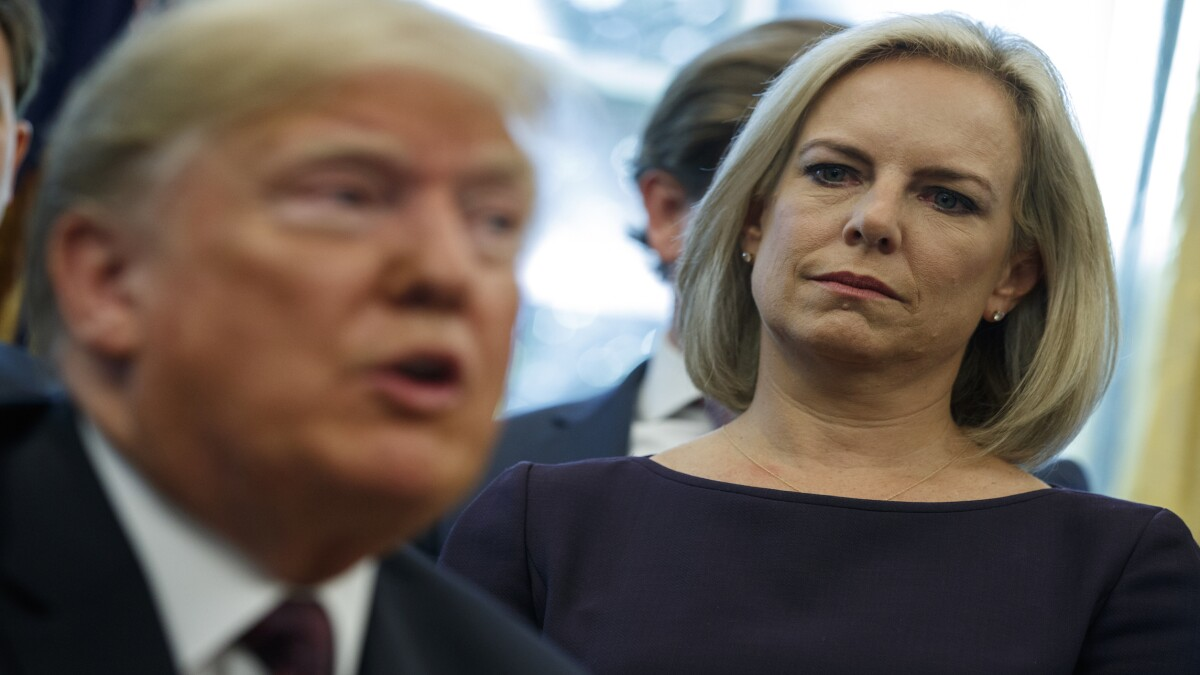Trump brings Kirstjen Nielsen back into his administration