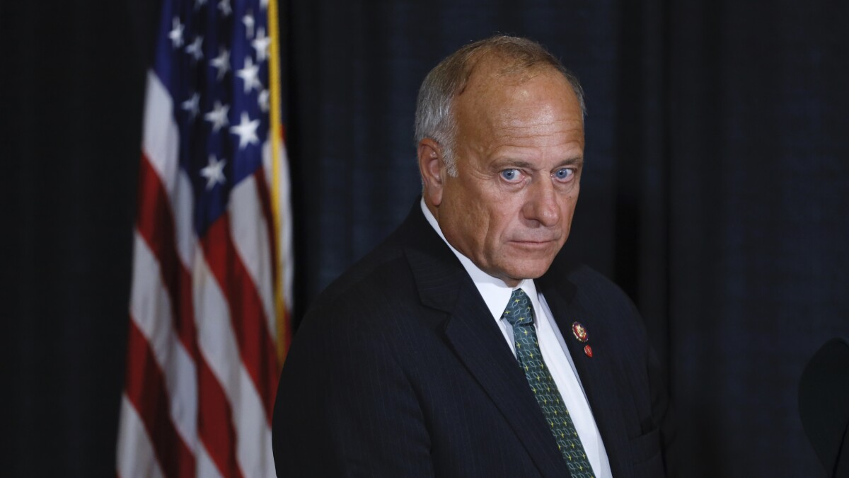 House Republican donates to Steve King primary challenger