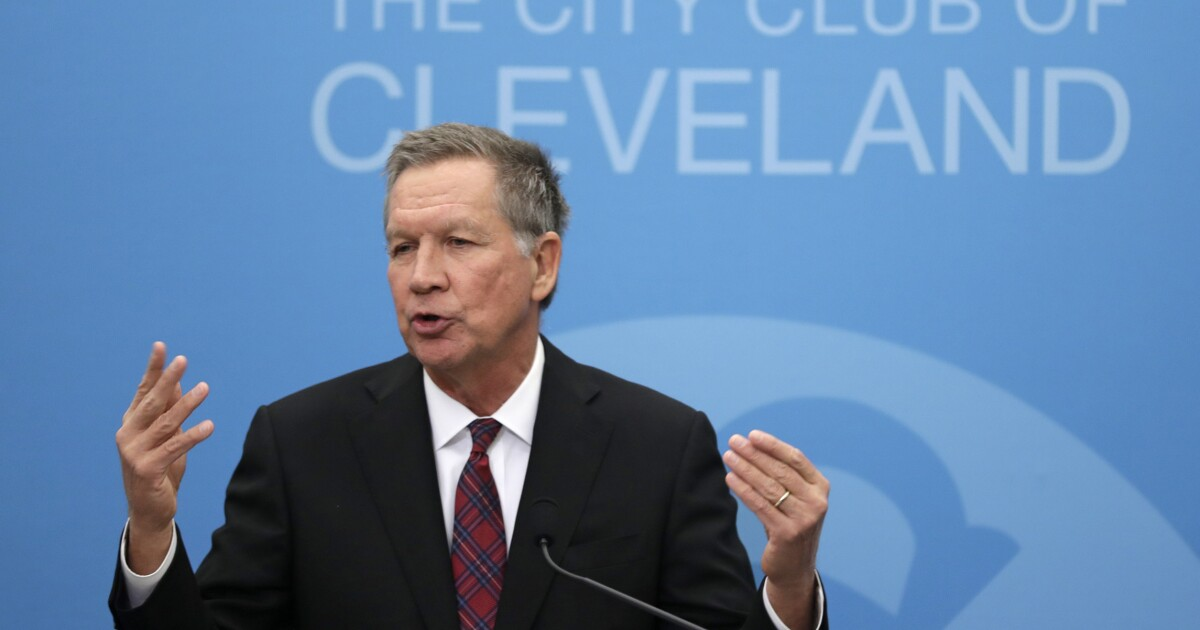 'He's flailing, and he doesn't know how to stop things': John Kasich says bad polls have Trump in 'meltdown'