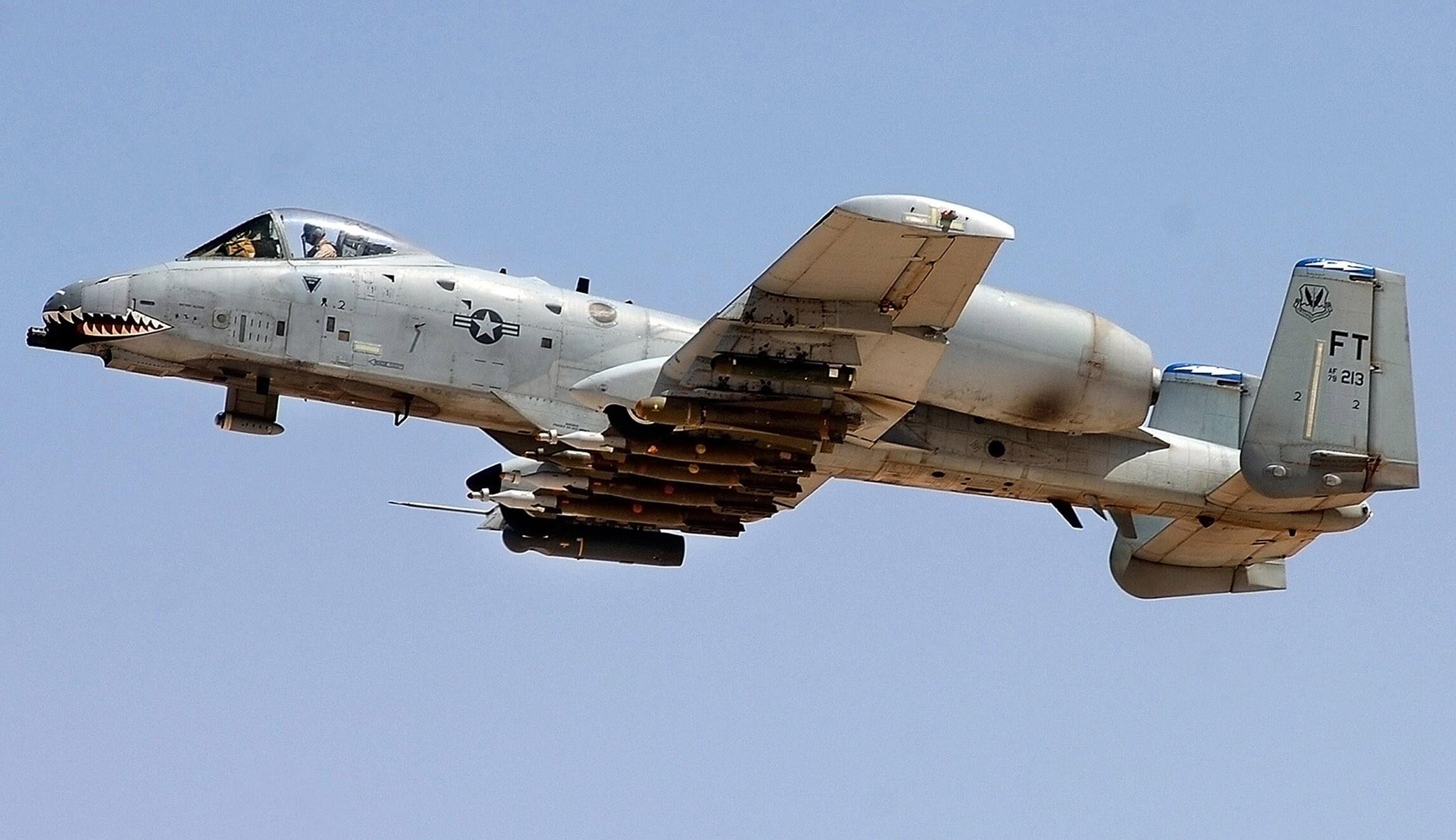 Air Force faults pilot in $30 million mid-air crash that ...