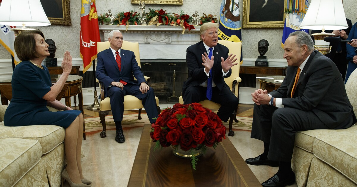 Trump tells Schumer, Pelosi he wants to revisit failed bipartisan Obamacare stabilization bill