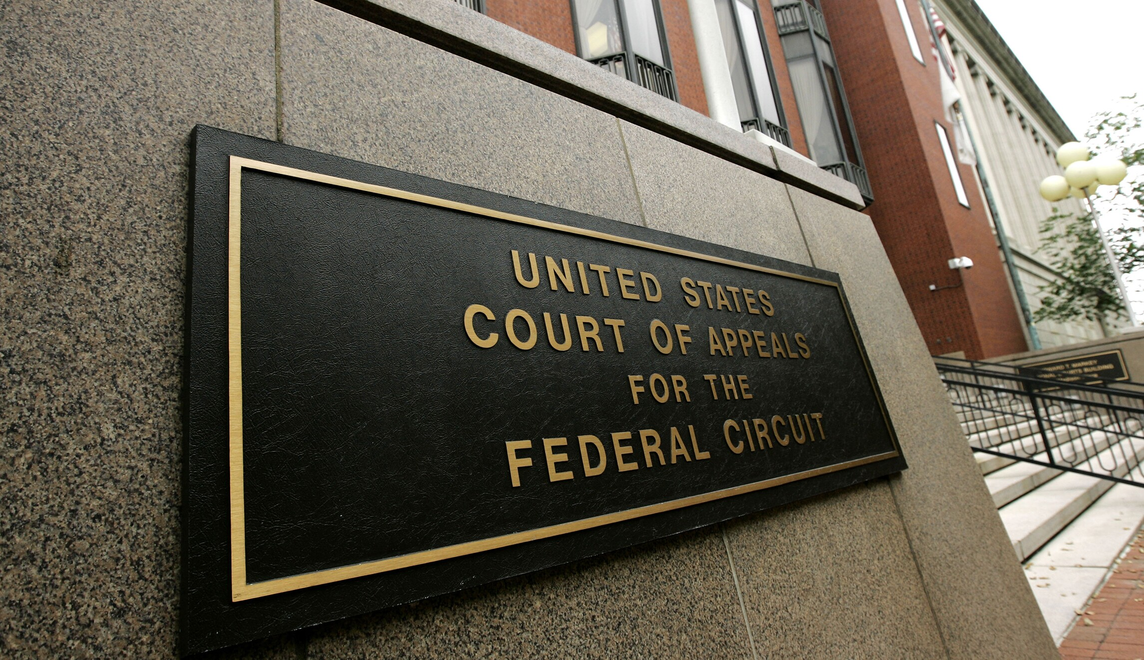 Dc Circuit Court Of Appeals To Begin Livestreaming Audio Oral Arguments