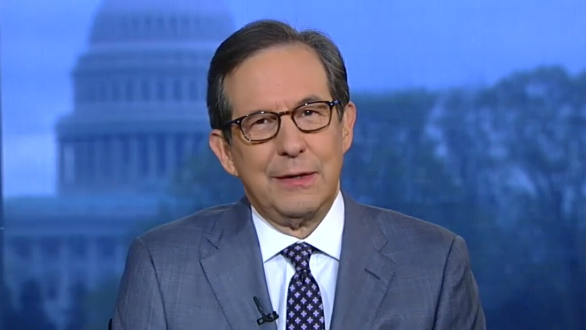 Chris Wallace blasts 'opinion people' on Fox News over Mueller letter