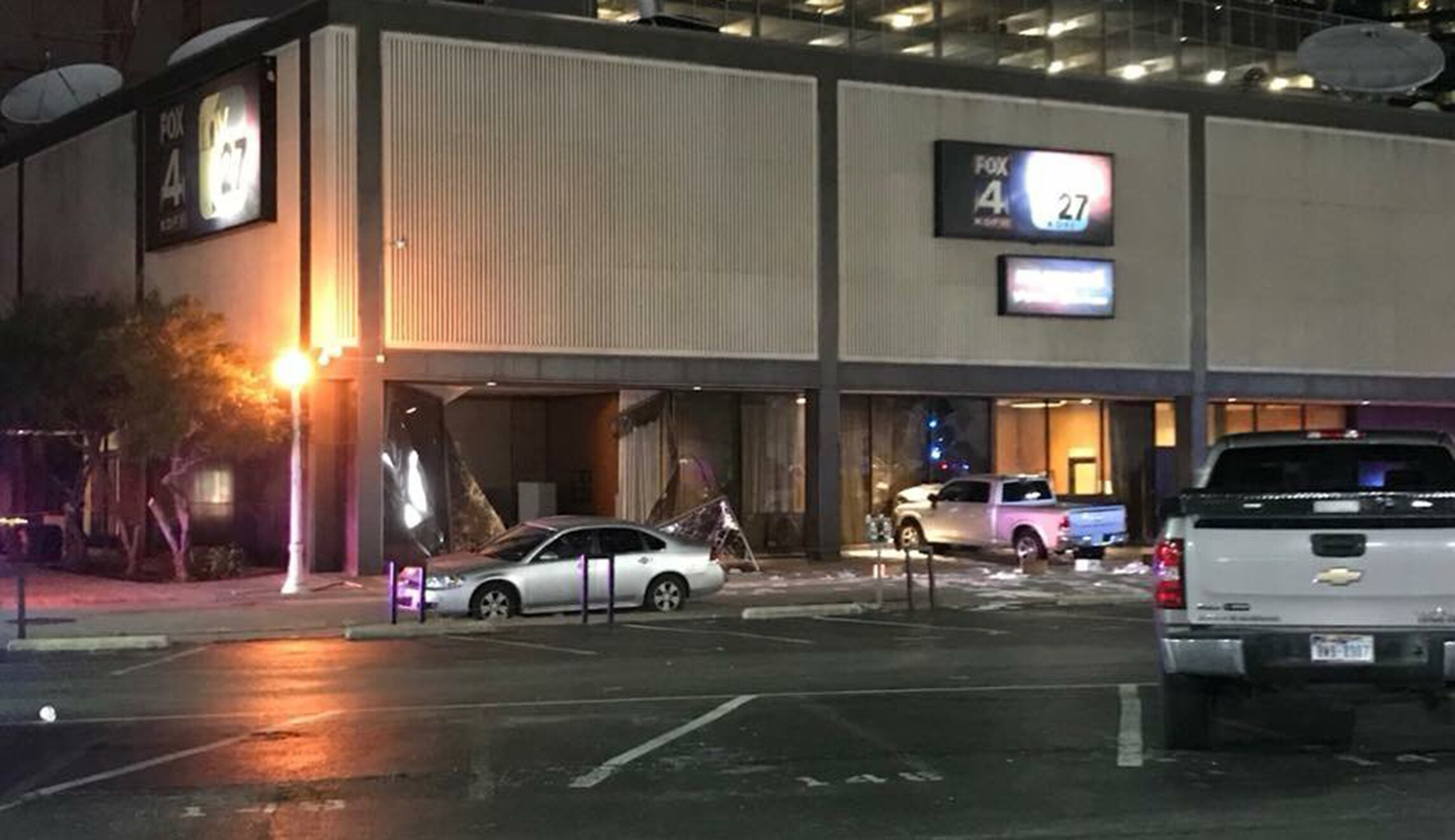 Man Rams Pickup Truck Into Tv Station Building In Dallas