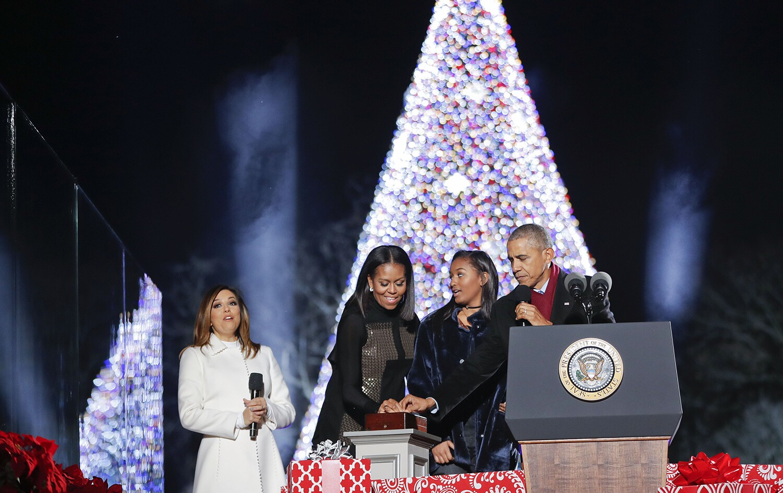 white house christmas tree lighting oozes obama nostalgia - White House Christmas Tree Lighting