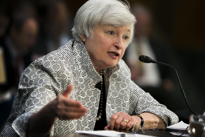 Elizabeth Warren grills Fed Chairwoman Janet Yellen on crucial too