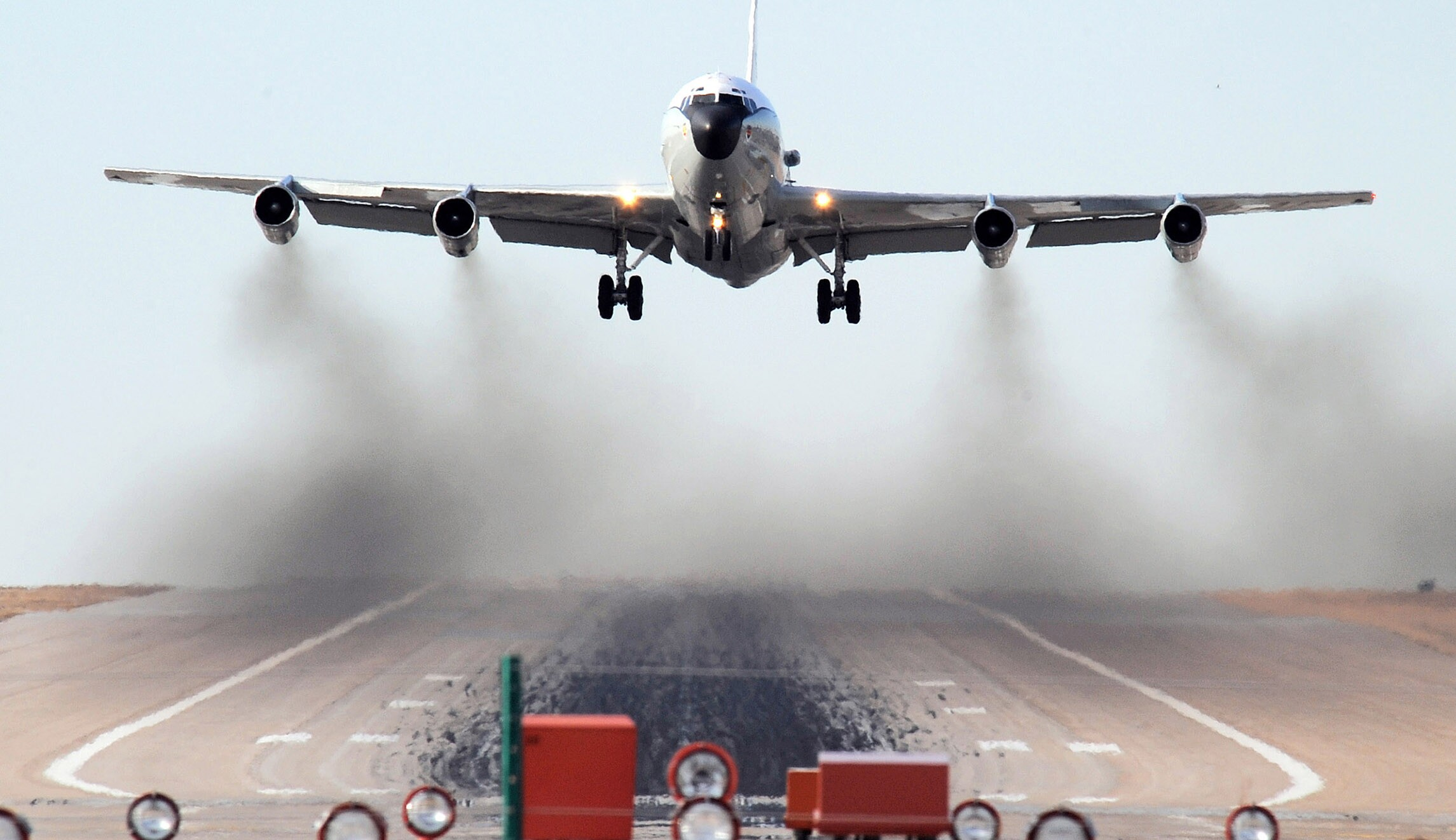 Chinese fighter jets buzz US 'nuclear sniffer' plane over East China Sea
