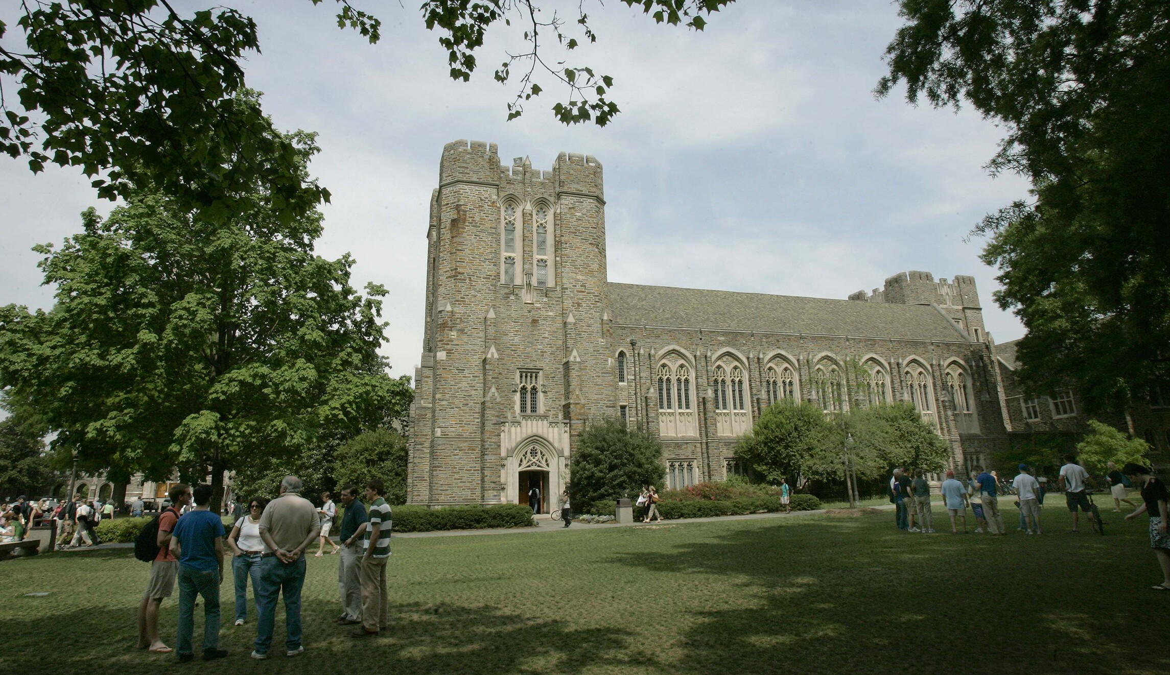 Duke University professor steps down over email warning ...