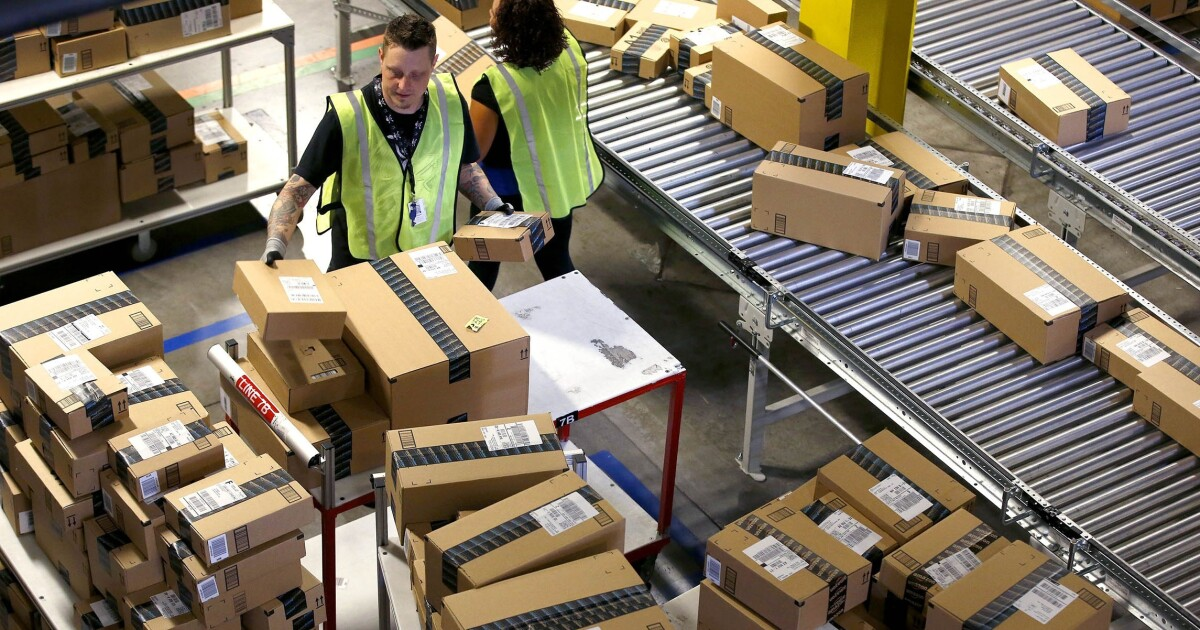 For every Amazon package it delivers, the Postal Service loses $1 46