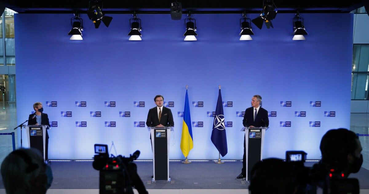 US and NATO warn Russia not to blockade Ukrainian ports