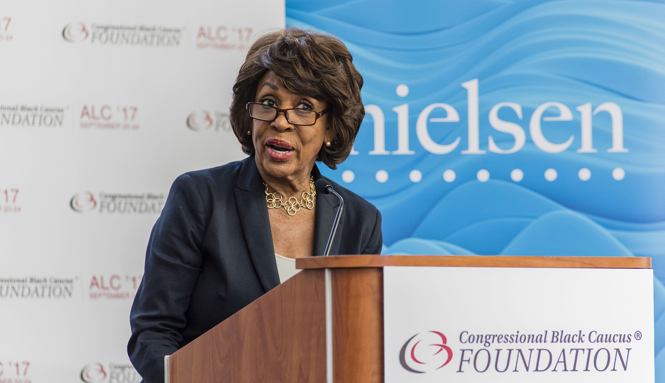 Maxine waters defends frederica wilson: this white house transforms