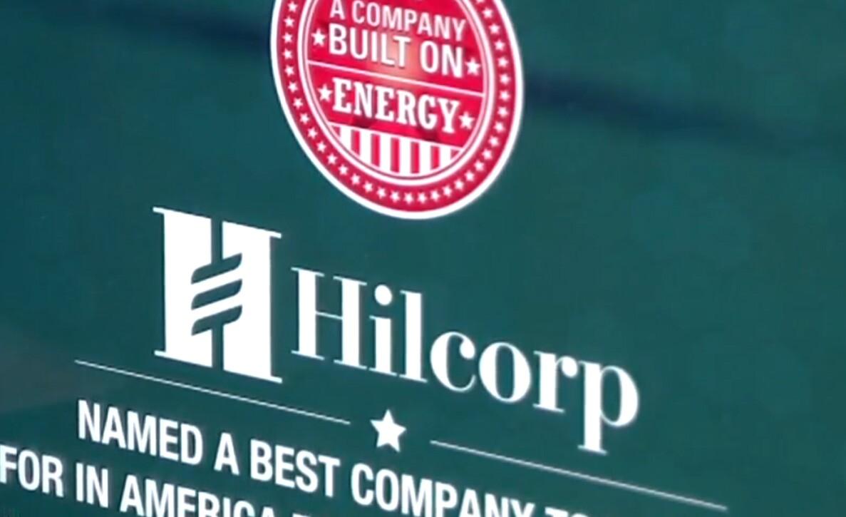 Oil baron gives workers $100,000 Christmas bonuses